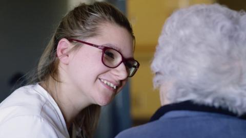 DEP | Assistance à la personne en établissement et à domicile