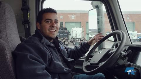 Devenir camionneur… un rêve d'enfance qui se réalisera bientôt!