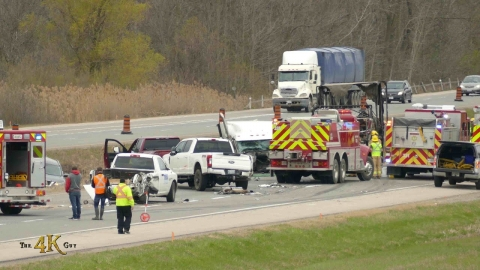 Brantford: Pileup with fire causes Highway 403 shut down 4-26-2021