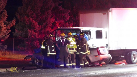 Mississauga: Double fatal truck VS car collision on Bristol Rd...
