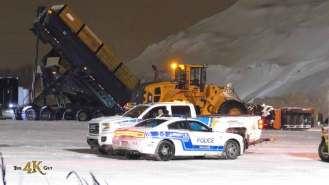 Snowplow video 3 - Snow clearing is a risky winter business for brave...