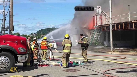 La Tuque: Firefighters go from offensive to defensive attack at...