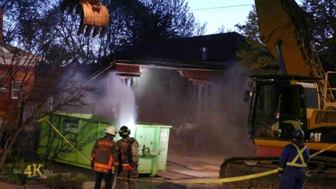 Toronto: House tore through by excavator after accidental collapse...