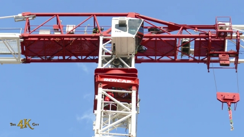 Toronto: Crane operator saved by TFS high angle rescue team 3-31-2021