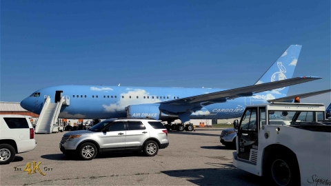 Toronto: Drake's plane quick turnaround at Pearson Airport 7-10-2021