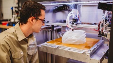 DEC | Techniques de génie du plastique