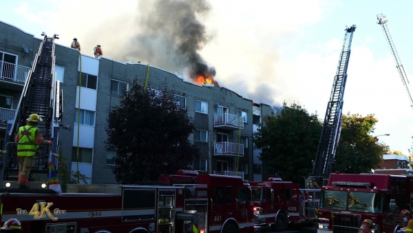 Longueuil: Ravaging 5 alarm fire at Greenfield Park apartment 10-14-2020