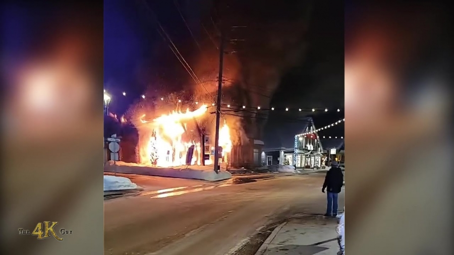 St-Sauveur: Building engulfed in flames before first due firetruck arrival 2-26-2021